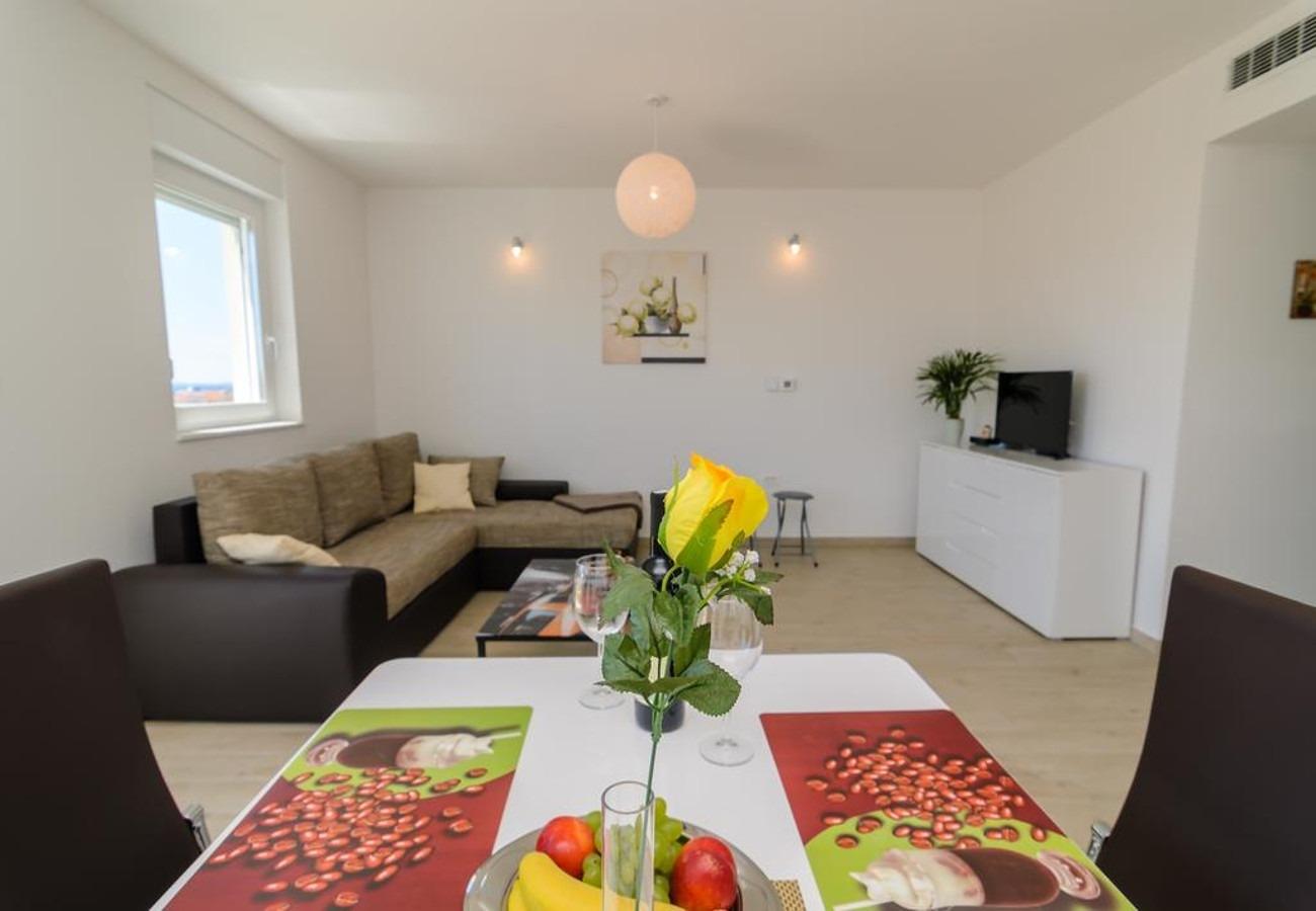 Mali princ - Zadar - Appartementen Kroatië - A3(2+2): eetkamer