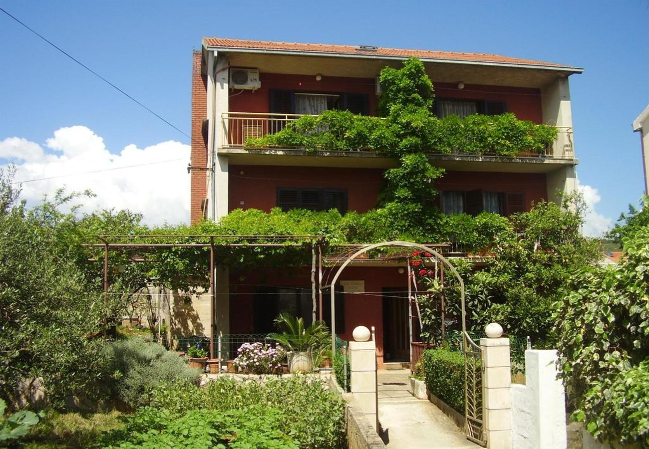 Apartments, Stari Grad, Island of Hvar - Apartments  Igors