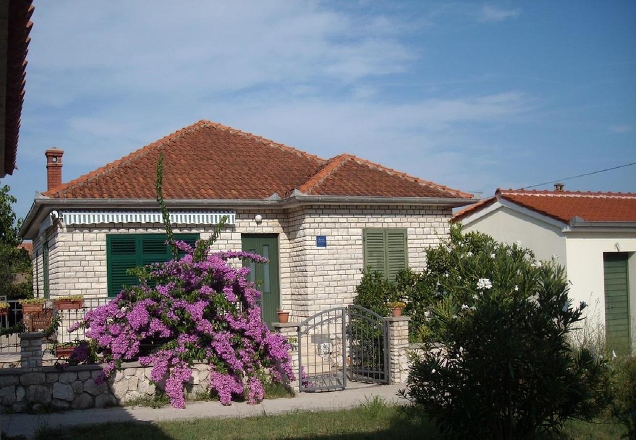 Holiday Homes, ,  - Holiday houses, villas  Jaroje