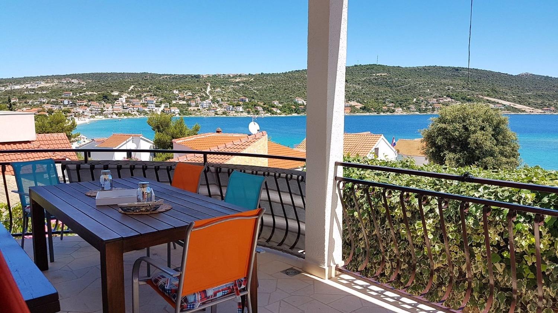 Holiday Homes, Sevid, Harbor Marina - Holiday houses, villas  Rosita