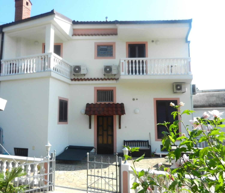 Jozefina - Crikvenica - Appartementen Kroatië - A1(4): terras