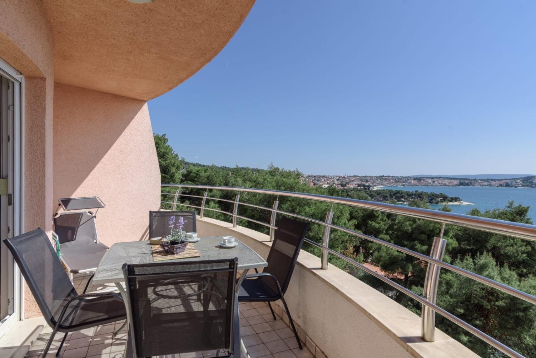 Pery - Trogir - Appartementen Kroatië