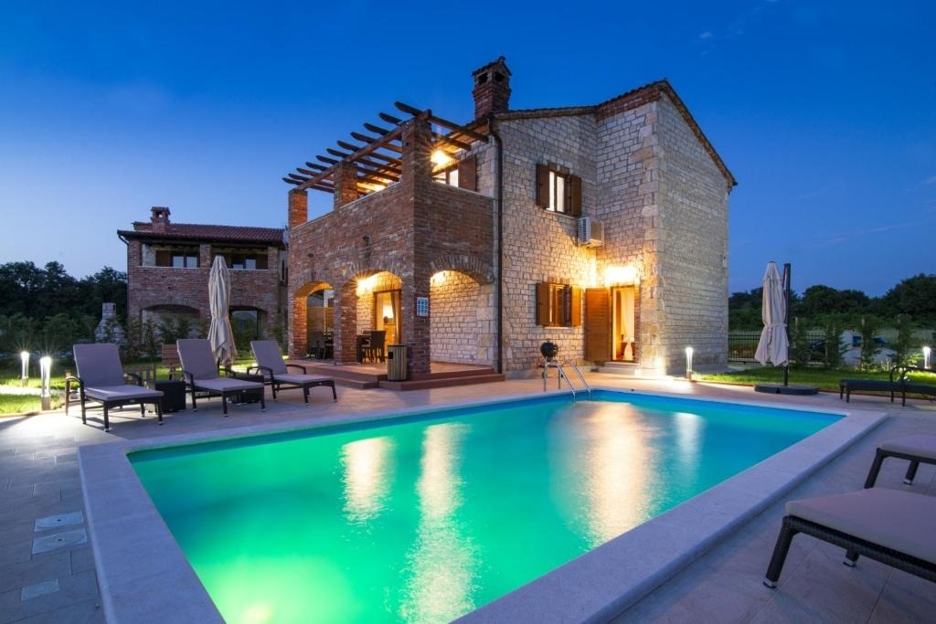 Holiday Homes, Barban, Pula & south Istria - Holiday houses, villas  Amir