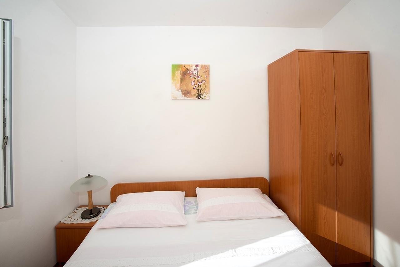 Nina - Celina Zavode - Appartementen Kroatië - A6(4): slaapkamer