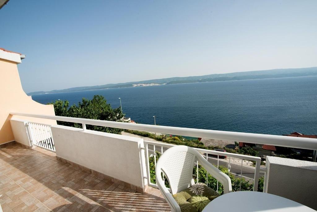 Nina - Celina Zavode - Appartementen Kroatië - A5(6+2): balkon