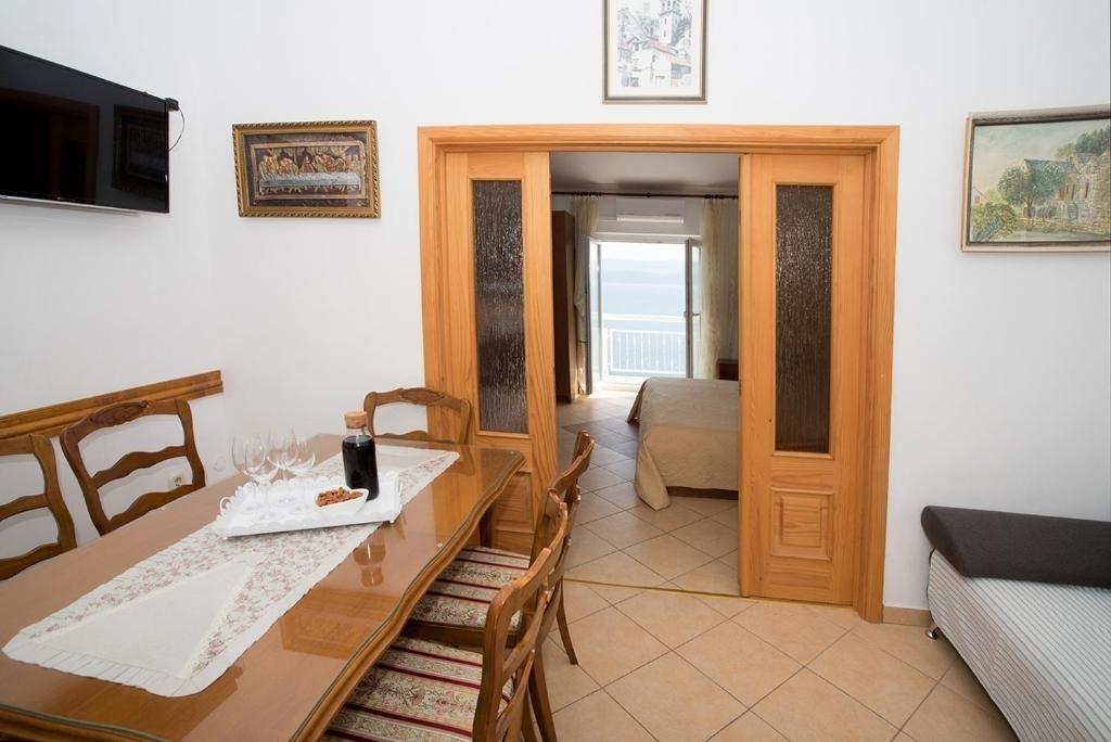 Nina - Celina Zavode - Appartementen Kroatië - A4(4+1): eetkamer