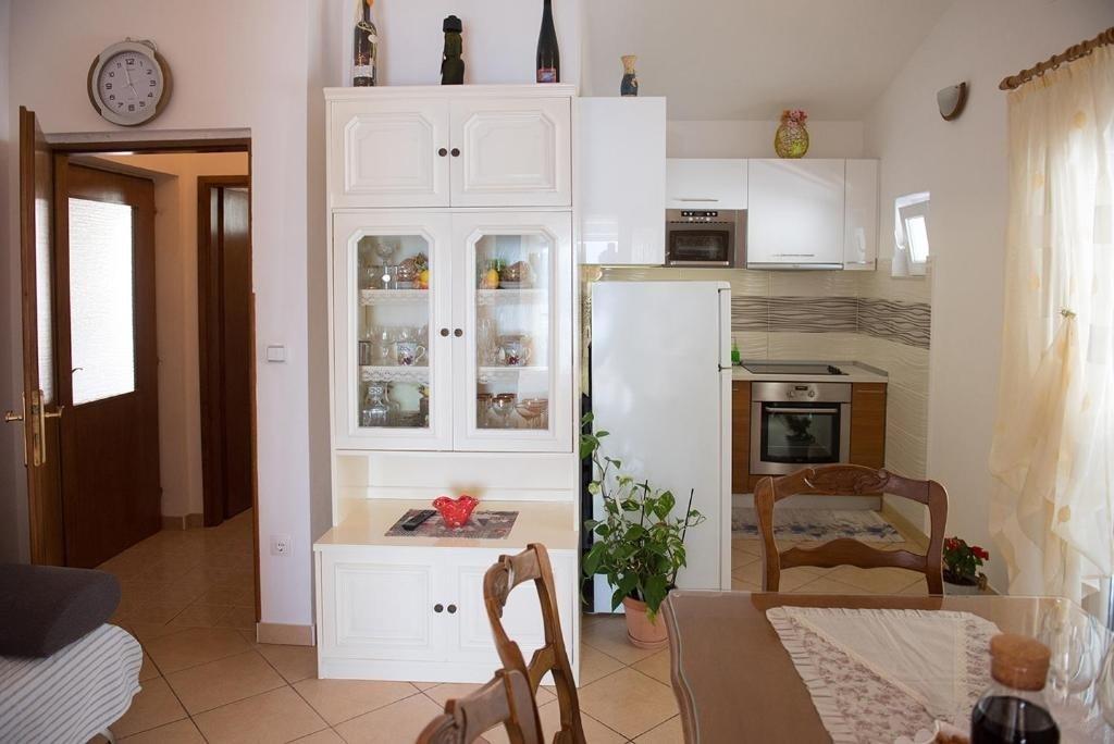 Nina - Celina Zavode - Appartementen Kroatië - A4(4+1): keuken