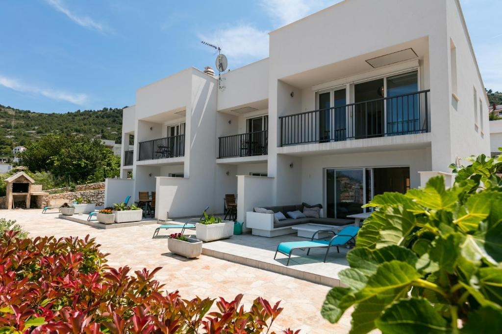 Holiday Homes, Vis, Island of Vis - Holiday houses, villas  Mijo