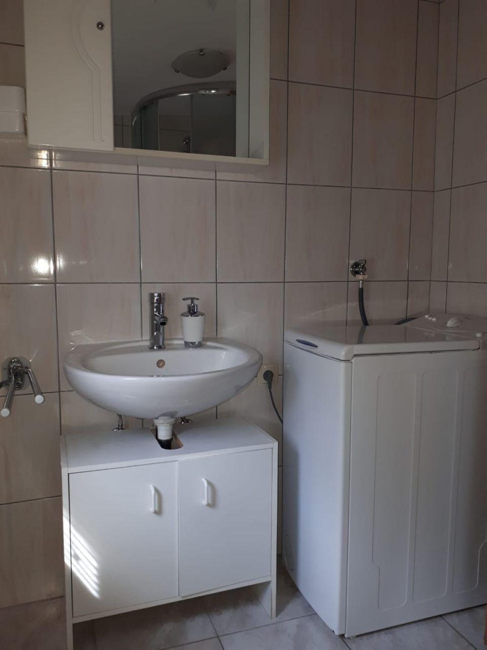 Nada - Vir - Appartementen Kroatië - A1(4+1): badkamer met toilet