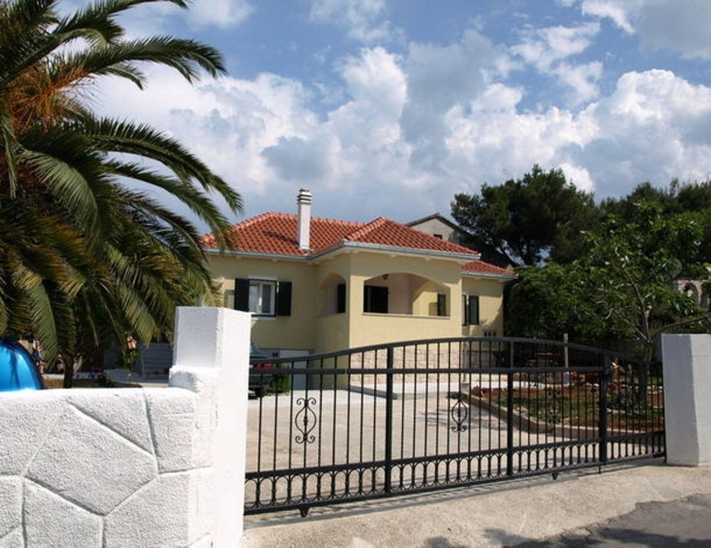 Apartments, Supetarska Draga, Island of Rab - Apartments  Marina