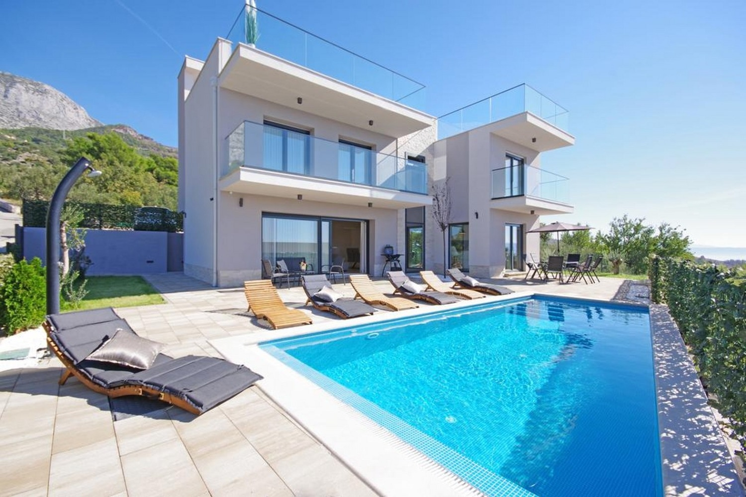 Holiday Homes, ,  - Holiday houses, villas  Boris