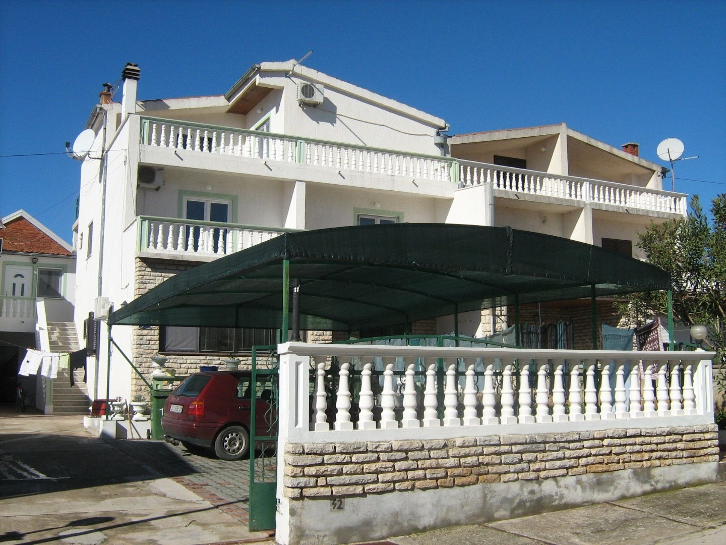 Apartments, Tribunj, Vodice and surroundings - Apartments  Malaga - comfortable and free parking