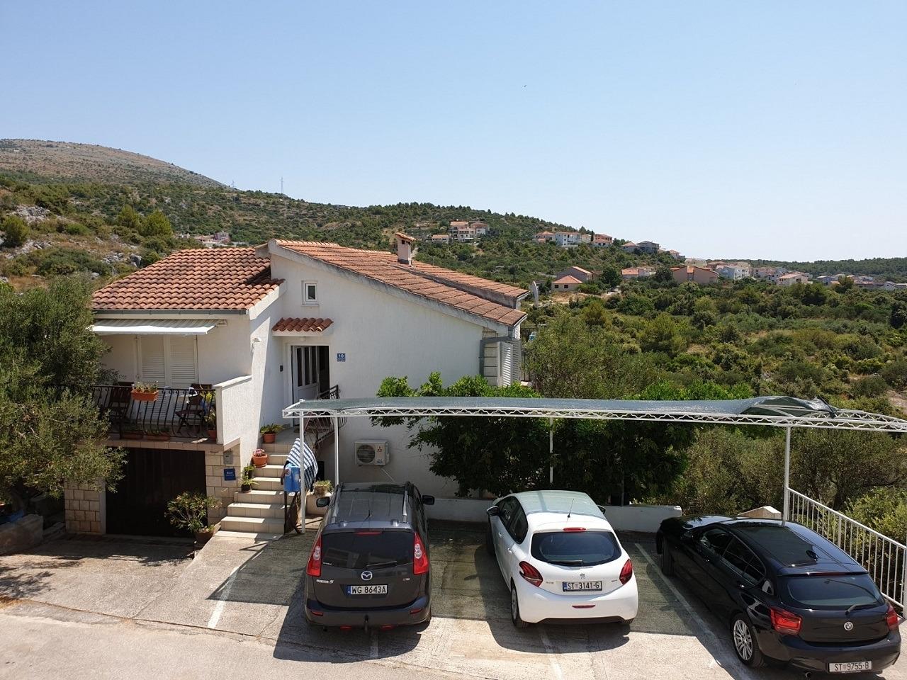 Ferienwohnungen, Seget Vranjica, Trogir und Umgebung - Ferienwohnungen  Nina - free private parking: