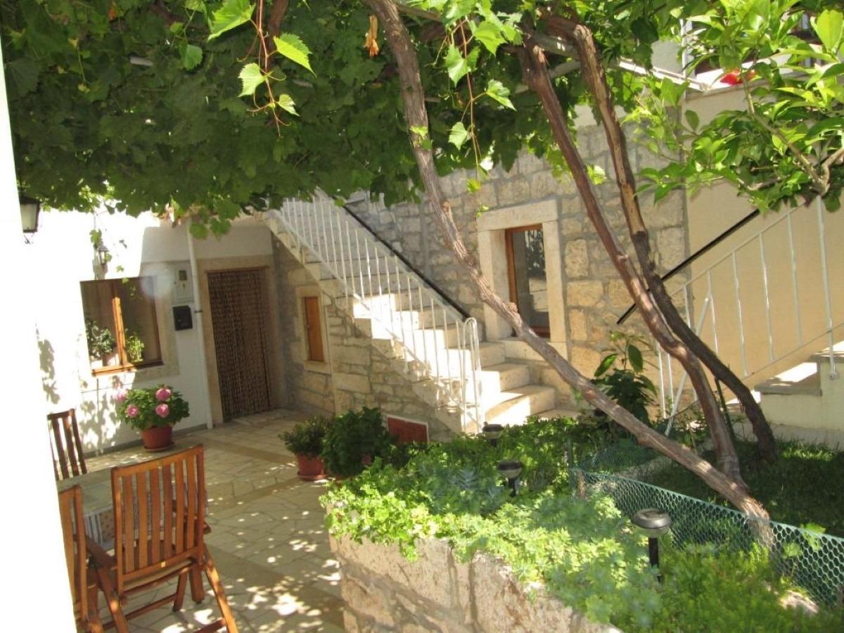 Apartments, Lumbarda, Island of Korčula - Apartments  Skoro - free parking