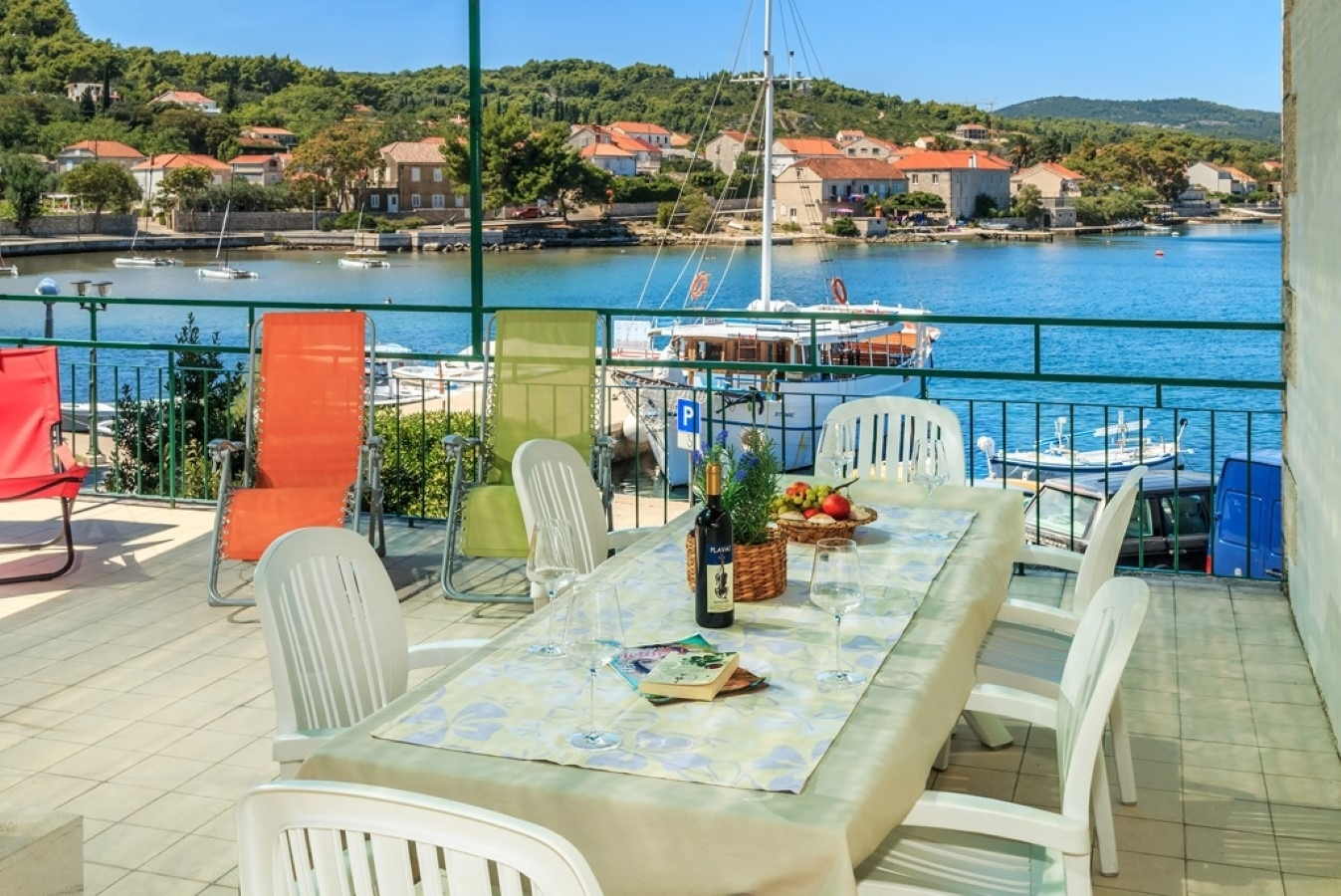 Holiday Homes, Lumbarda, Island of Korčula - Holiday houses, villas  Linda2 - 20m from the sea