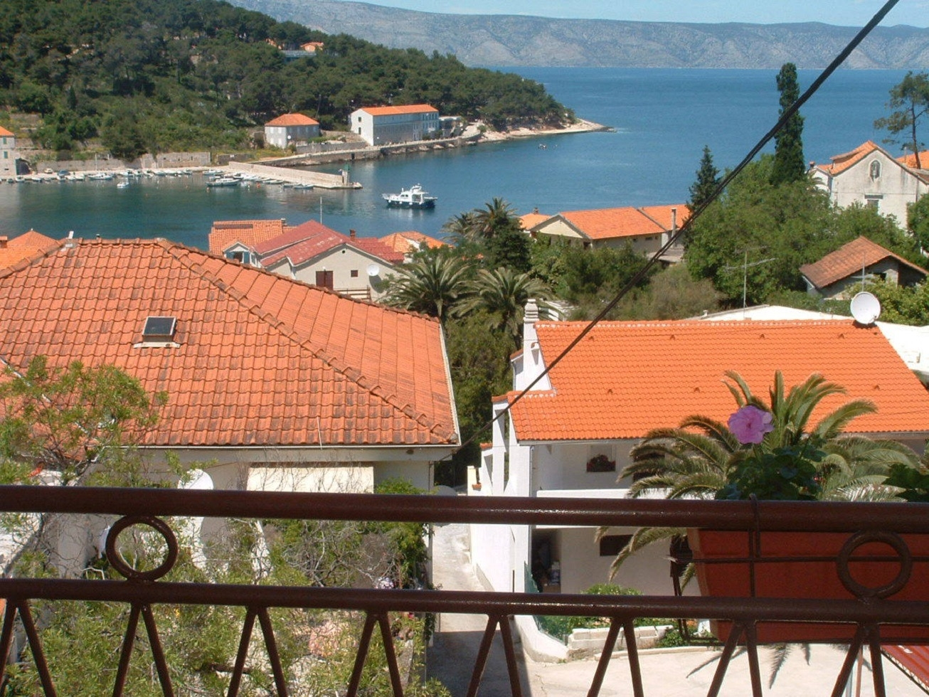 Apartments  Dioniza - 150 m from beach: