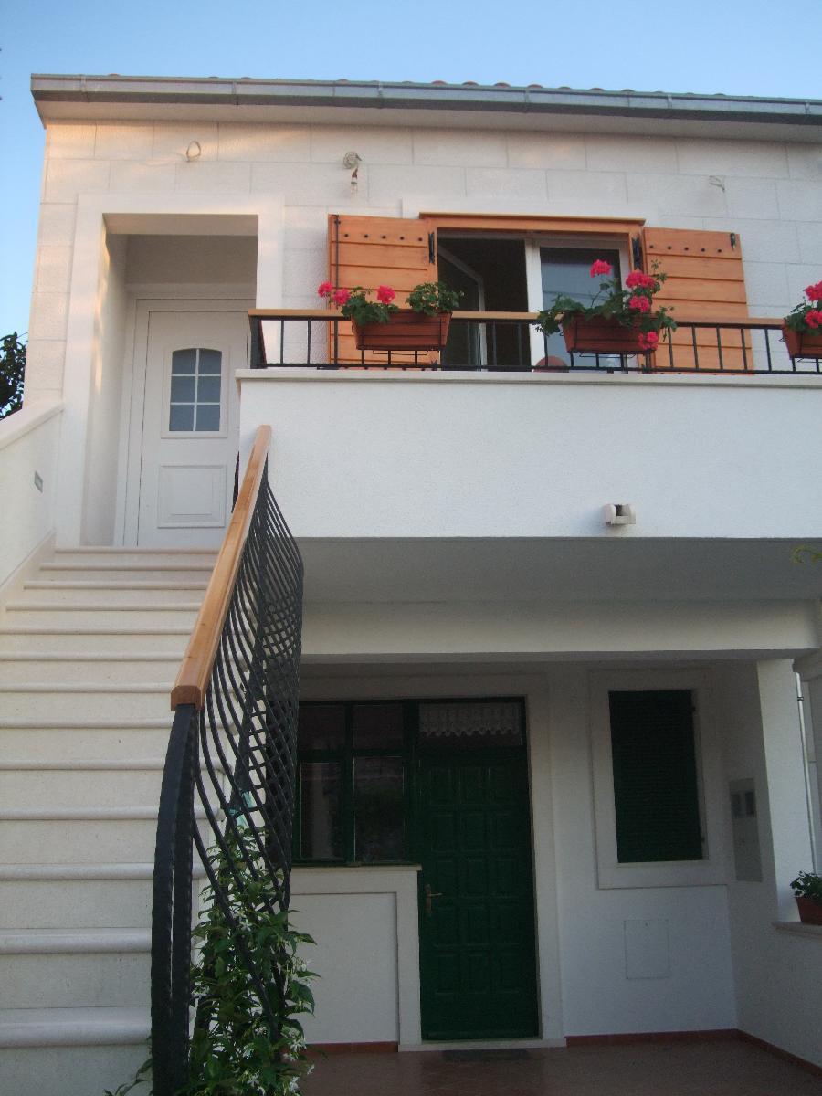 Ferienwohnung 3855 A1(2+2) - Supetar (956006), Supetar, Insel Brac, Dalmatien, Kroatien, Bild 2