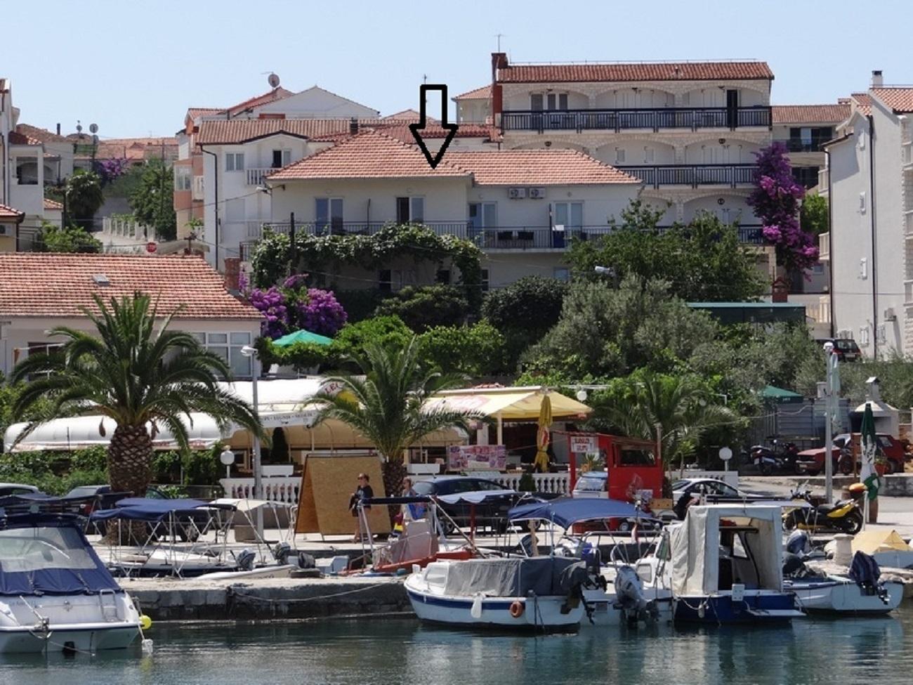 Ferienwohnung Mara A4(2+1) - Okrug Gornji (739934), Okrug Gornji, , Dalmatien, Kroatien, Bild 1