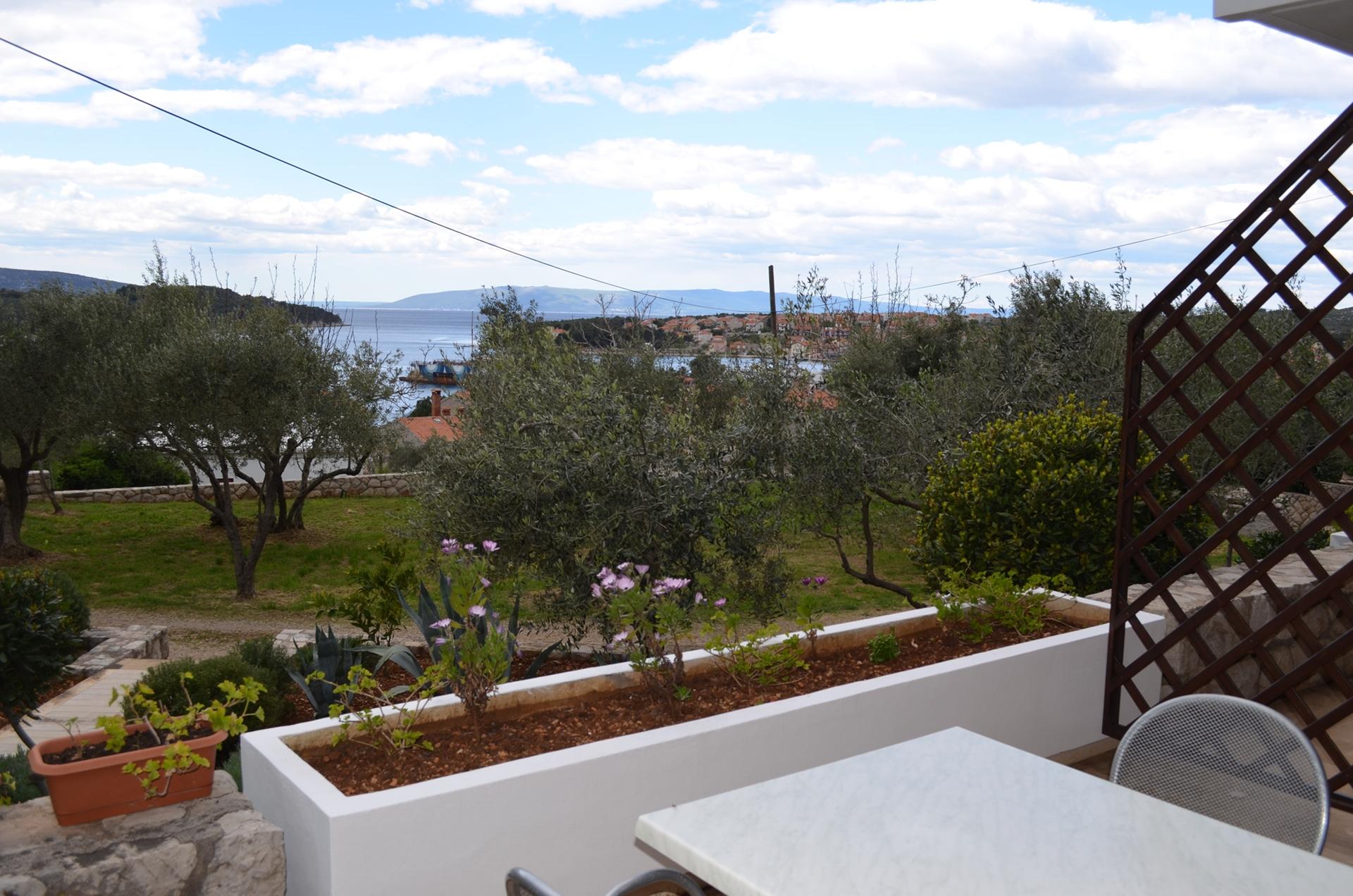 Appartement de vacances P&P A2(2+2) - Cres (742771), Cres (Stadt), Île de Cres, Kvarner, Croatie, image 12