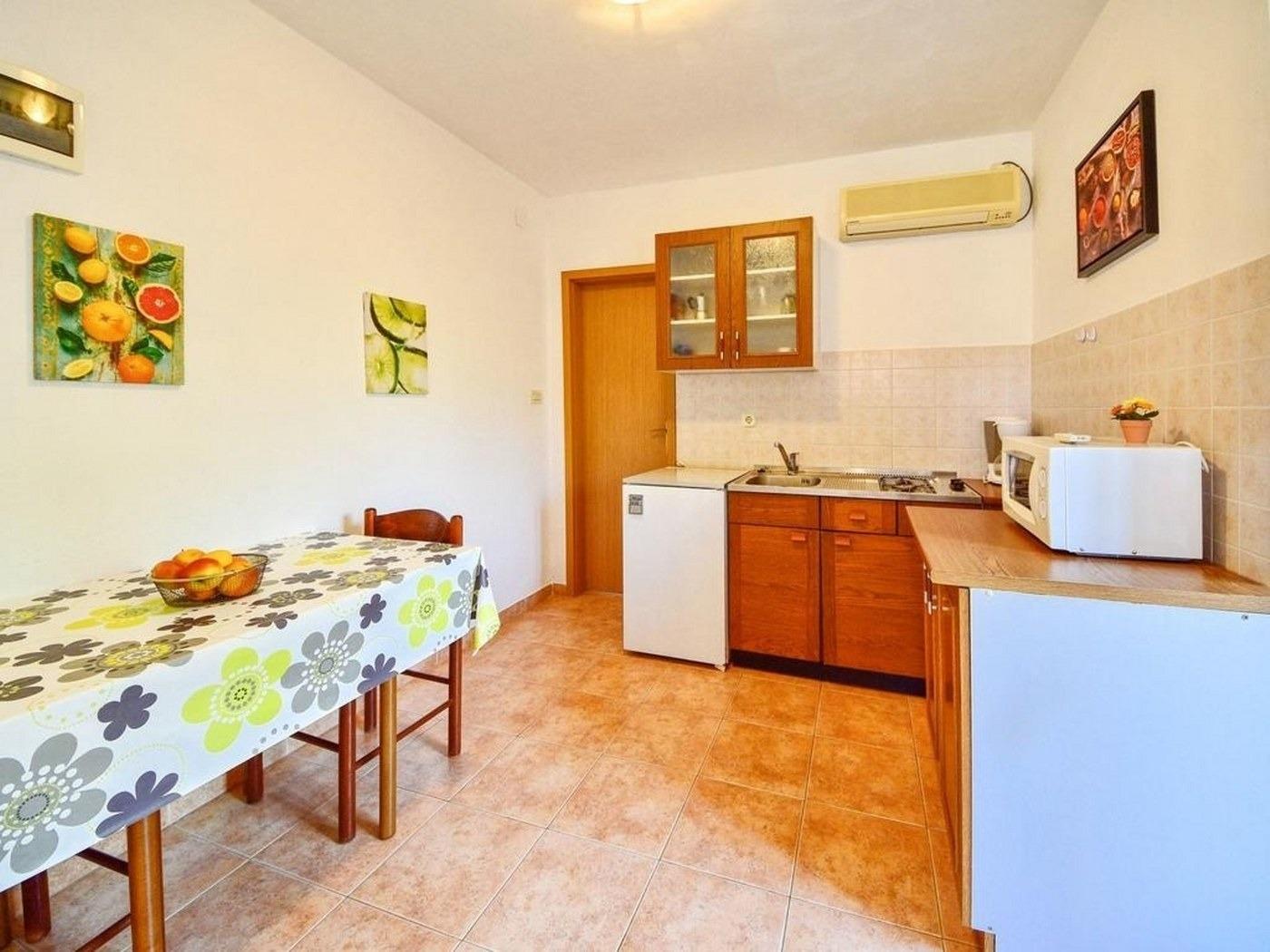 Appartement de vacances Marija A1(2+1) Prizemlje - Cres (739199), Cres (Stadt), Île de Cres, Kvarner, Croatie, image 7