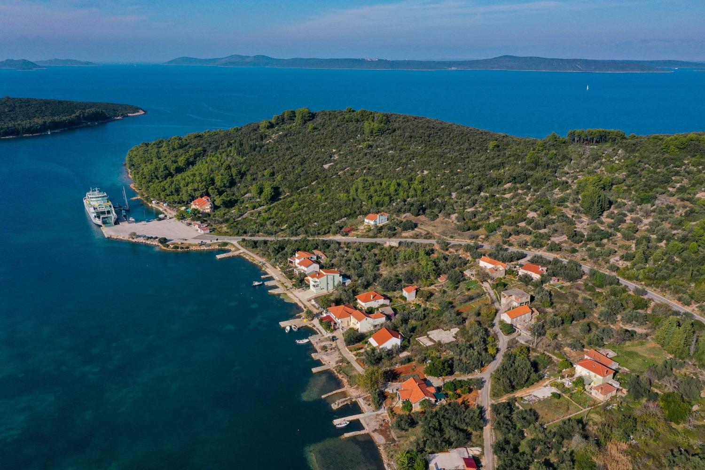 Apartmanok Studio apartment TARA SA2 rozi Brbinj, Island Dugi otok 52492, Brbinj, Dugi otok, Zadarska