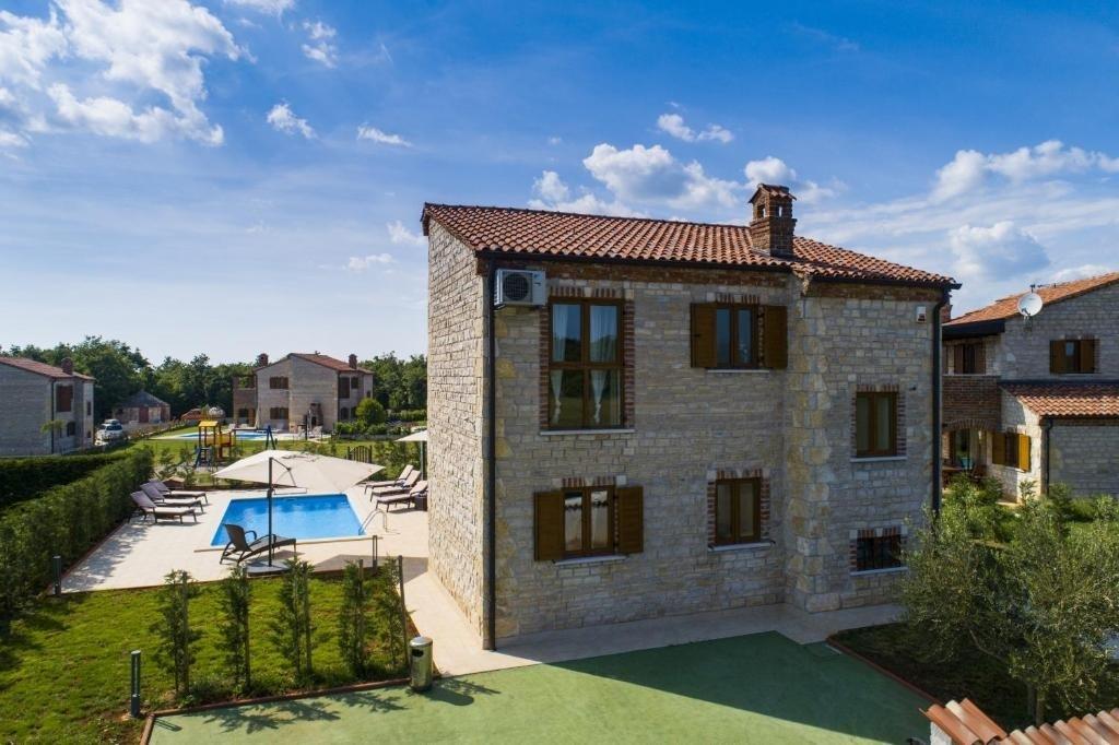 Villa Holiday house Amir Barban, Istria 53130, Orbanici, , Istarska