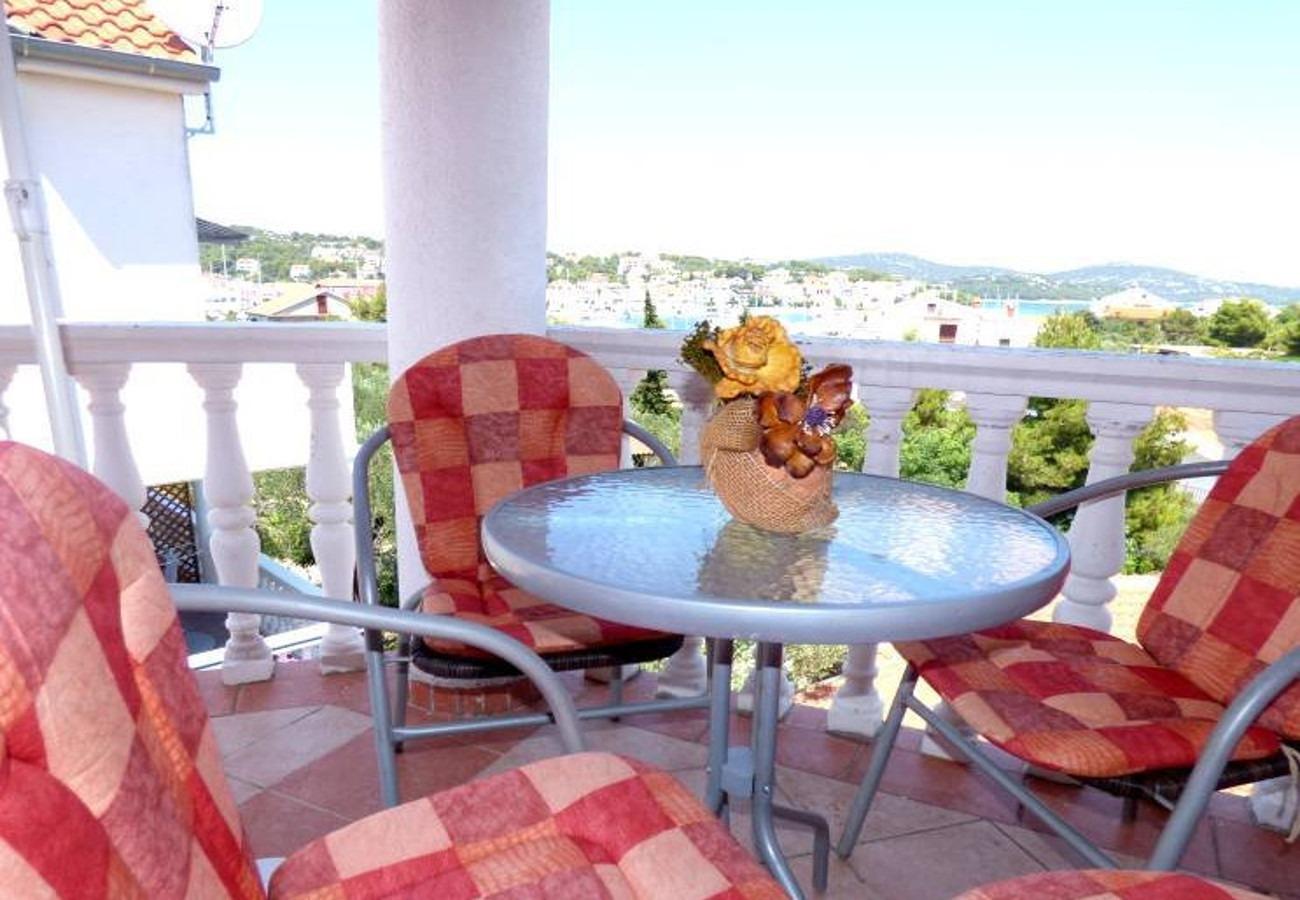 Ferienwohnung Dragan A5(3+1) - Jezera (738357), Jezera, Insel Murter, Dalmatien, Kroatien, Bild 16