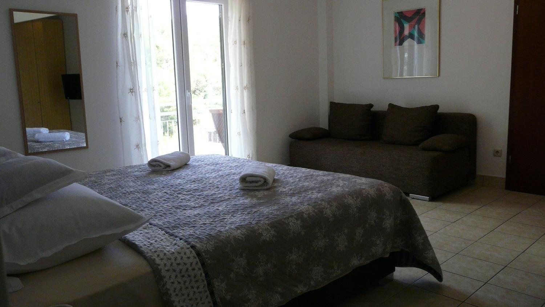 Ferienwohnungen Apartment Ante A6 Duce, Riviera Omis 53558, Duce, , Splitsko-dalmatinska