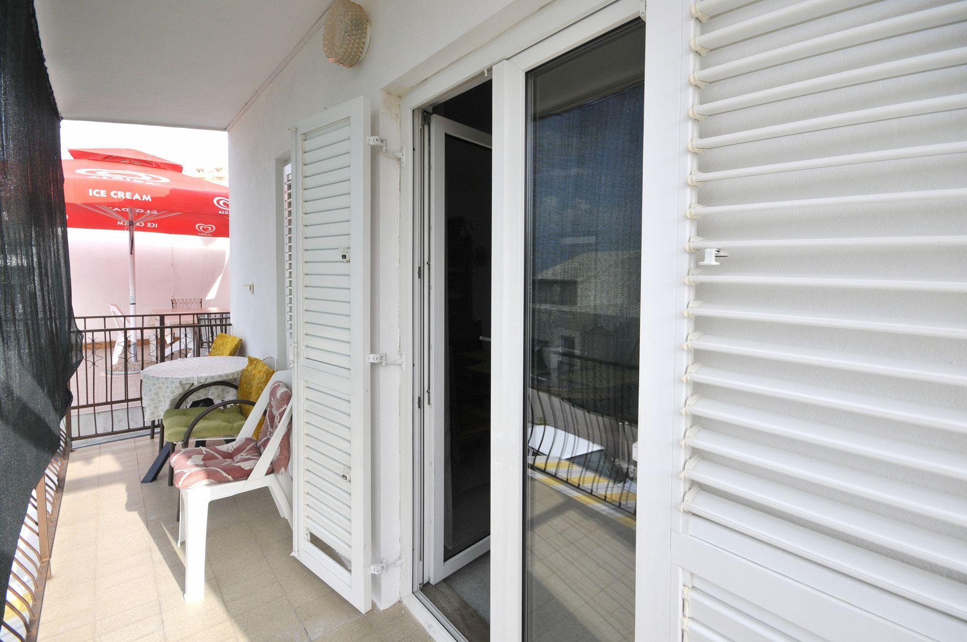 Apartamente Apartment VR A1 Dugi Rat, Riviera Omis 50460, Dugi Rat, , Regiunea Split-Dalmatia