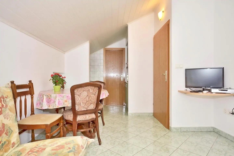 Appartement de vacances AT A3(2+2) - Omis (740873), Omiš, , Dalmatie, Croatie, image 13