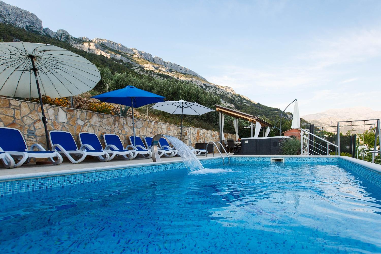 Ferienwohnung Dusa A1 - I kat(4+2) - Pisak (2616338), Pisak, , Dalmatien, Kroatien, Bild 1