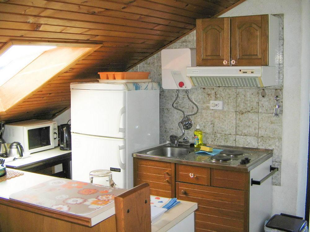 Aпартамент Apartment Zvone A1 Supetarska Draga, Island Rab 53414, Supetarska Draga, Rab, Primorsko-goranska