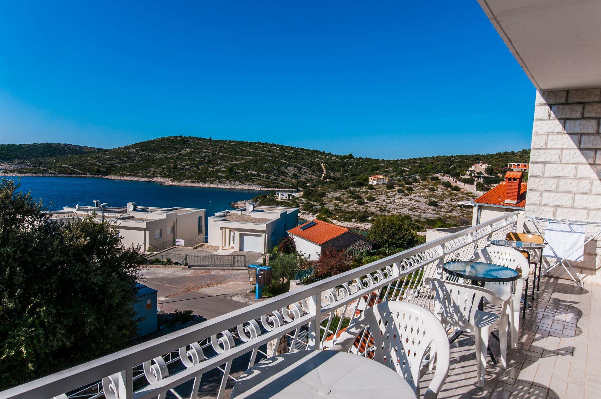 Ferienwohnung 01106ROGO A2(6+2) - Bucht Kanica (Rogoznica) (741933), Rogoznica, , Dalmatien, Kroatien, Bild 11