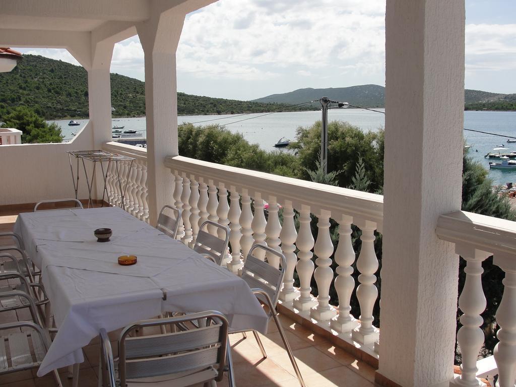 Ferienwohnung BJ A2 2.KAT (6) - Pirovac (739825), Pirovac, , Dalmatien, Kroatien, Bild 8