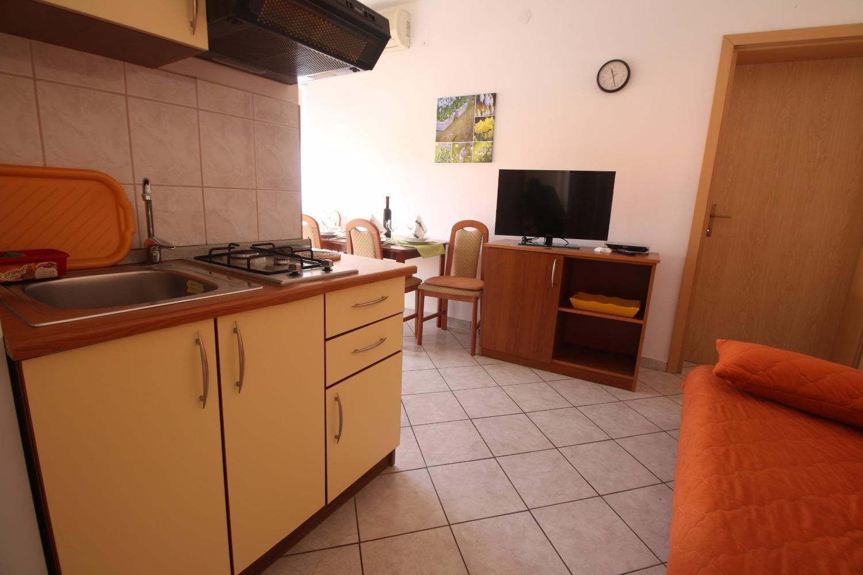 Ferienwohnung Zora A4(2+2) - Pirovac (740022), Pirovac, , Dalmatien, Kroatien, Bild 16