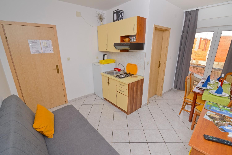 Ferienwohnung Zora A4(2+2) - Pirovac (740022), Pirovac, , Dalmatien, Kroatien, Bild 12