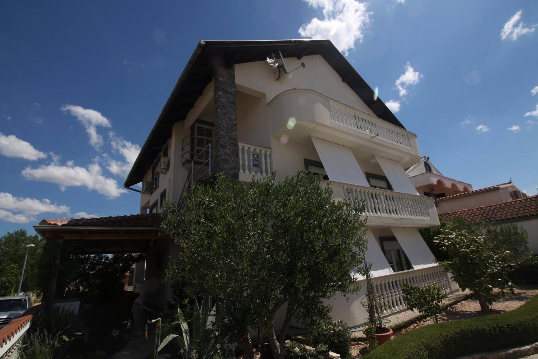 Ferienwohnung Zora A5(2+2) - Pirovac (740023), Pirovac, , Dalmatien, Kroatien, Bild 1