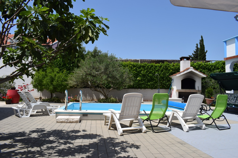 Aпартамент Apartment Den B1 Tribunj, Riviera Sibenik 52470, Tribunj, , Šibensko-kninska