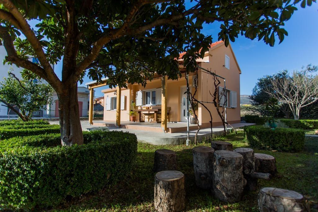 Vila Holiday house Cosa Nostra Kastel Stafilic, Riviera Split 52236, Kaštel Štafilic, , Splitsko-dalmatinska