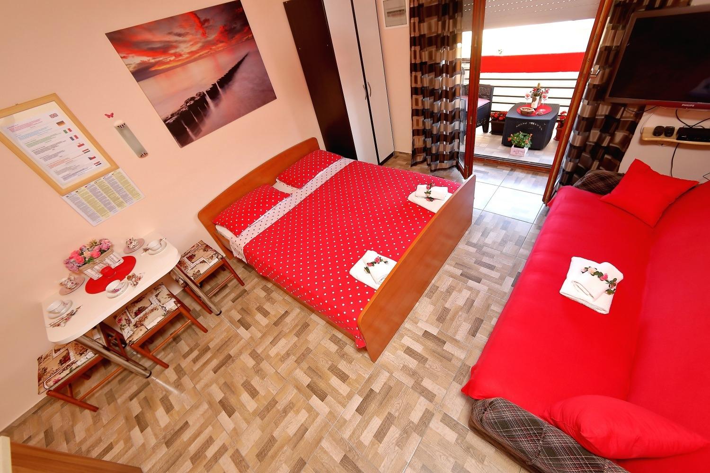 Apartamente Studio apartment Mladen SA-Biby Bibinje, Zadar riviera 50268, Bibinje, , Rajoni i Zarës