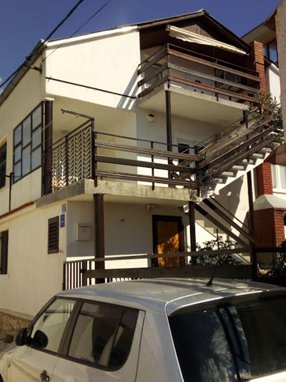 Aпартамент Apartment Beri A1 Obrovac, Zadar riviera 52771, Kruševo, , Zadarska